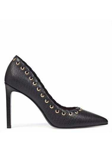 Nine West İnce Topuklu Deri Ayakkabı Siyah